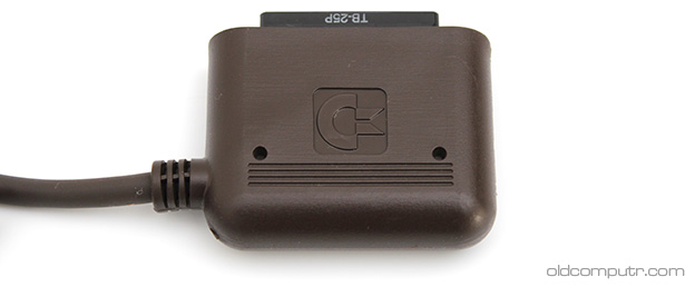 commodore_8296d-keyboard_connector