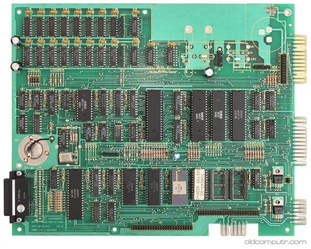Commodore 8296-D - Motherboard