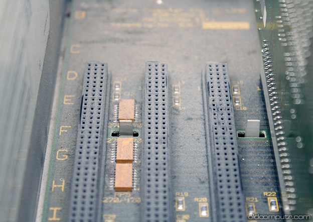 Apple Macintosh IIfx - dirty motherboard