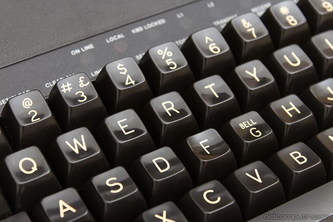 Digital VT100 (1978)   Oldcomputr com