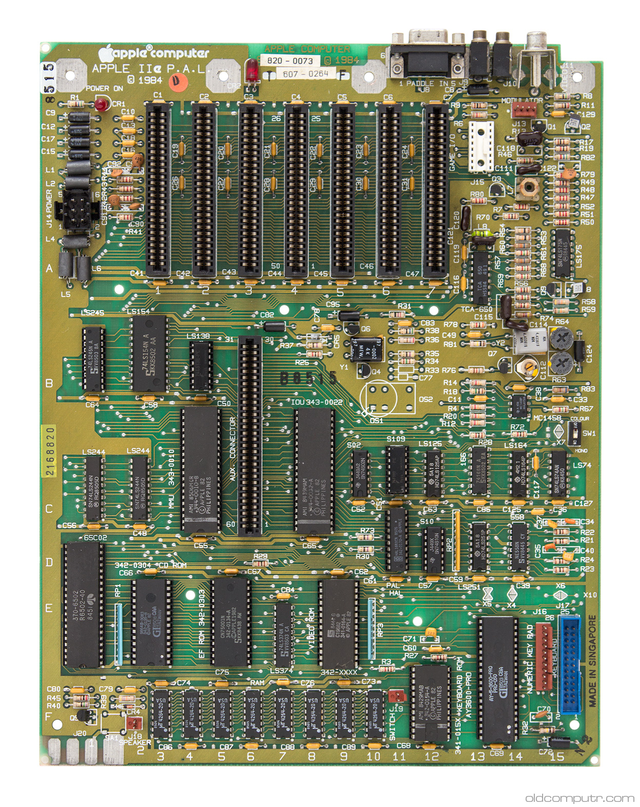 Apple IIe - PAL motherboard