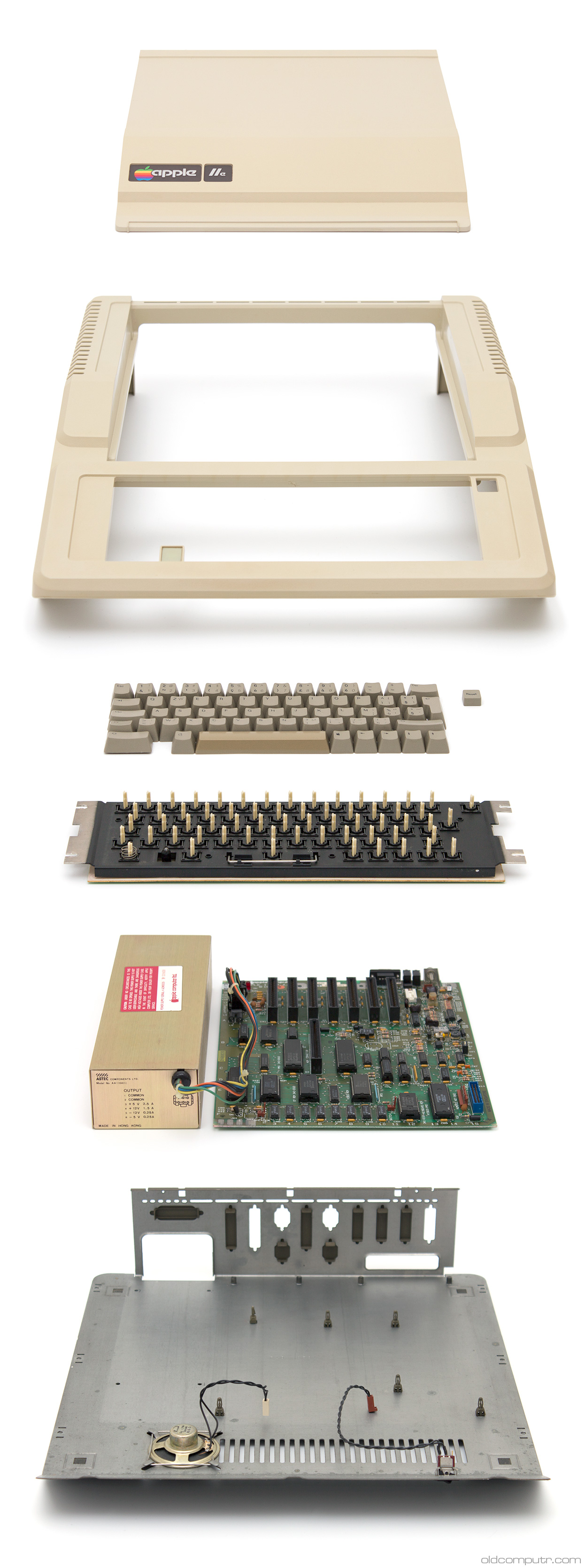 Apple IIe - teardown